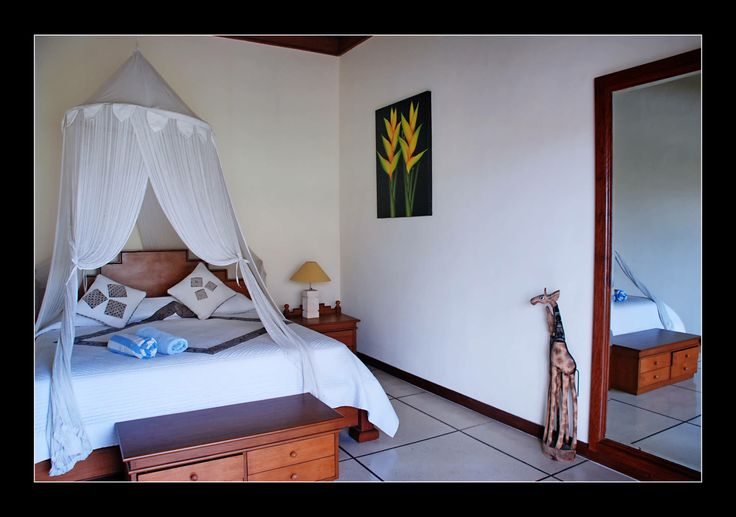 Bali Luxury private Villa Koala is a 2 Bedroom Villa + 1 office room which can be converted to a 3rd bedroom. The two bedrooms are en-suite with queen-size bed, the office can be used as a single luxury bedroom.