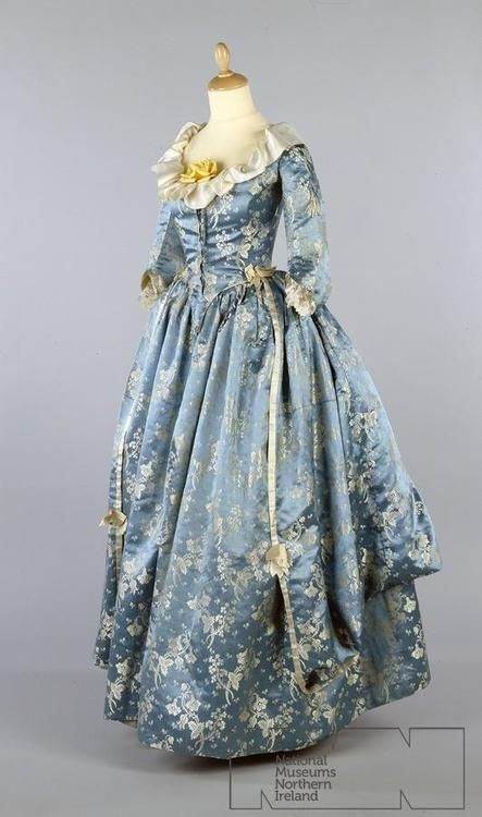 Robe a l'anglaise ca. 1780's  From the Ulster Folk & Transport Museum