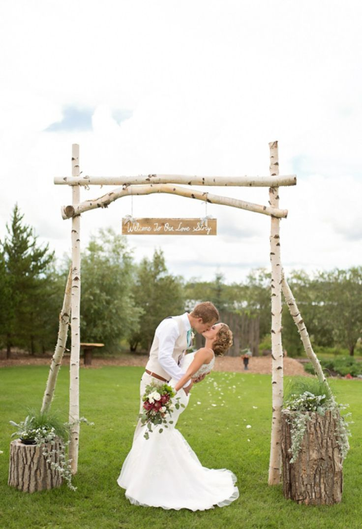 If you are planning your wedding right now and your theme is rustic, look no further! This wedding will have all the inspiration you will need. Jared and Riane's DIY rustic wedding is superb. One thing we love about DIY weddings is how you can truly see the couples personality and style shine through. Also, its awesome for other brides to get ideas and be able to pull off their dream wedding within their budget.