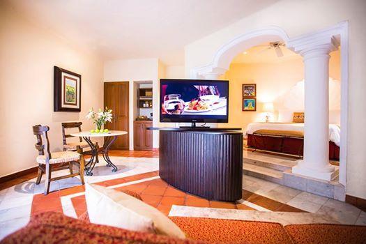 Чтобы ваш отпуск прошел незабываемо, вы можете выбрать вариант размещения в частной вилле в рамках отеля. Здесь много дополнительного пространства, в сравнении с номерами.