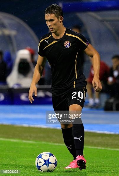 485208028-marko-pjaca-of-dinamo-zagreb-in-action-gettyimages.jpg (403×594)