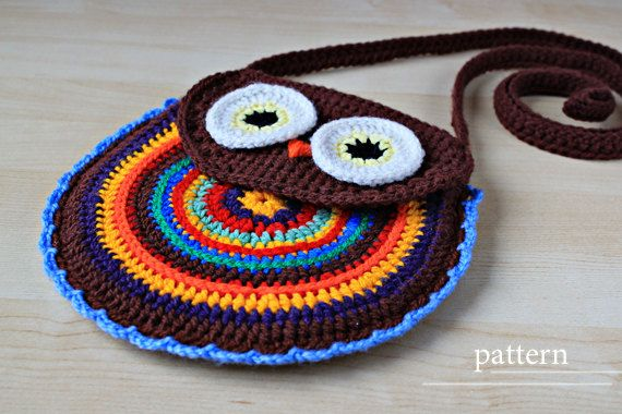 I love owls! Adorable for a little girl. Crochet pattern Owl Purse by Zoom Yummy