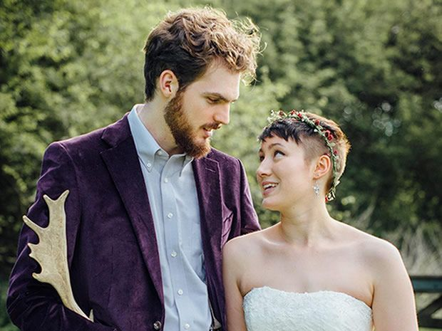 Real wedding: A rustic Tolkien-inspired Cotswold wedding. Photographer: Salt & Sea Photography Co., Cornwall