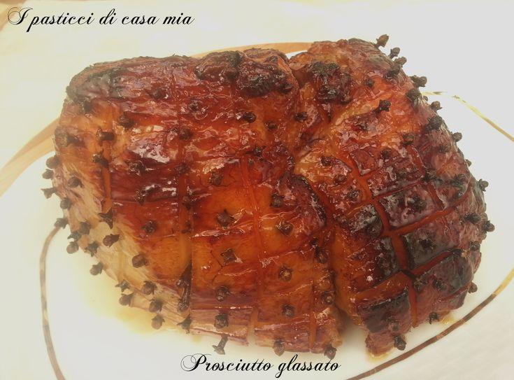 Prosciutto glassato (glazed ham) di Gordon Ramsay, dove il salato si sposa perfettamente col dolce, in una sinfonia di sapori e profumi. Ideale per il pranzo delle feste.