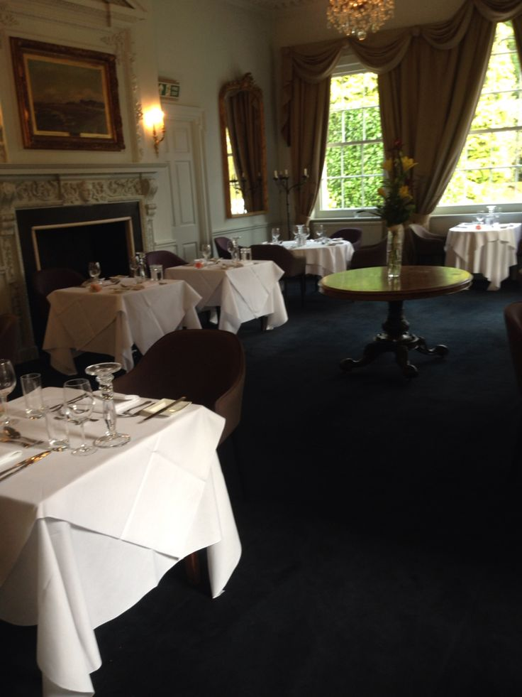 Dining at The Elms