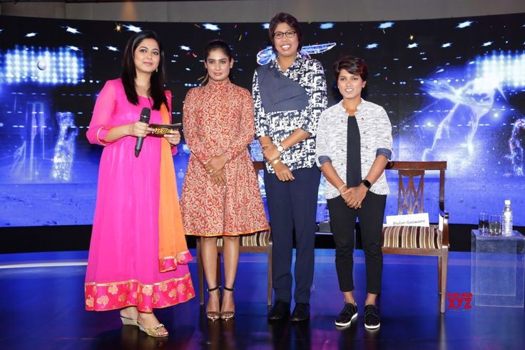 New Delhi: NDTV India Youth For Change Conclave  Kangana Ranaut, Hansal Mehta, Mithali Raj, Jhulan Gowsami, Punam Raut - Social News XYZ