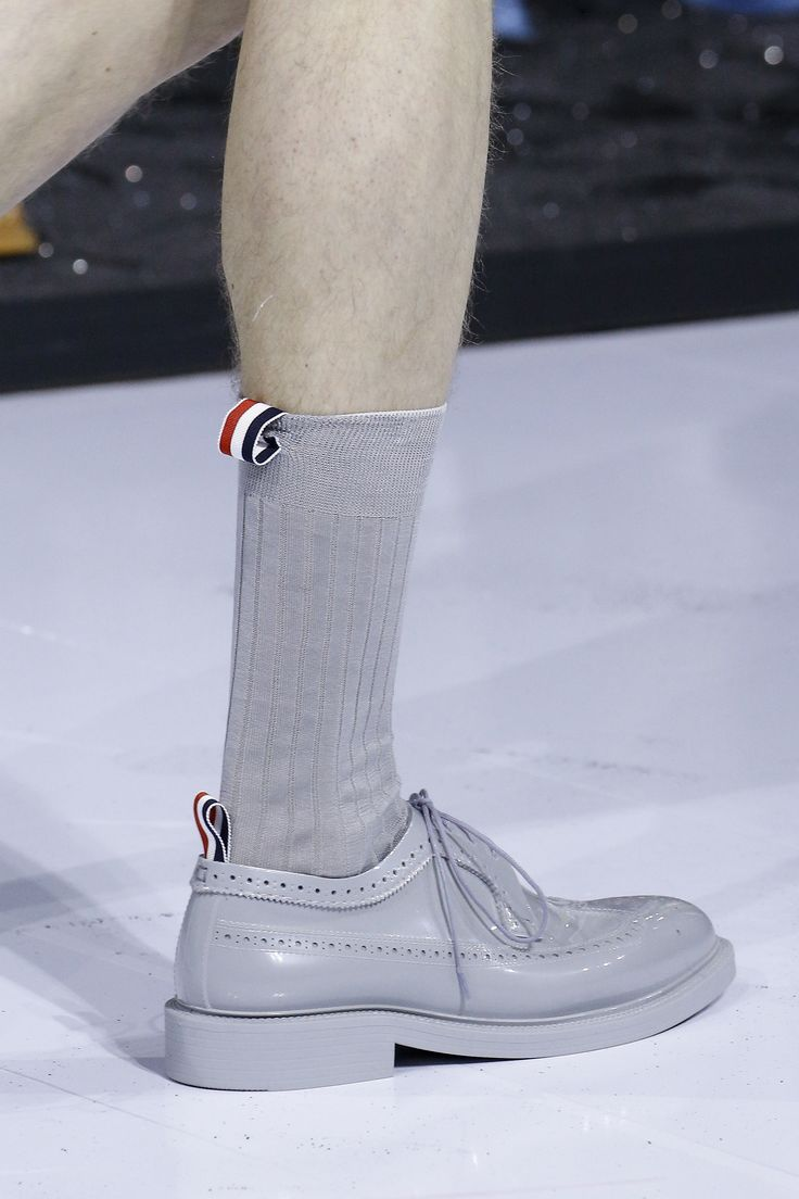 Thom Browne Spring 2017 Menswear Accessories Photos - Vogue