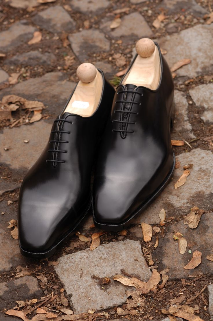 Black wholecuts