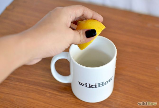 Dye Your Hair With Lemon Juice