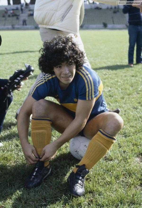 Boca Juniors - Diego Maradona - 1981