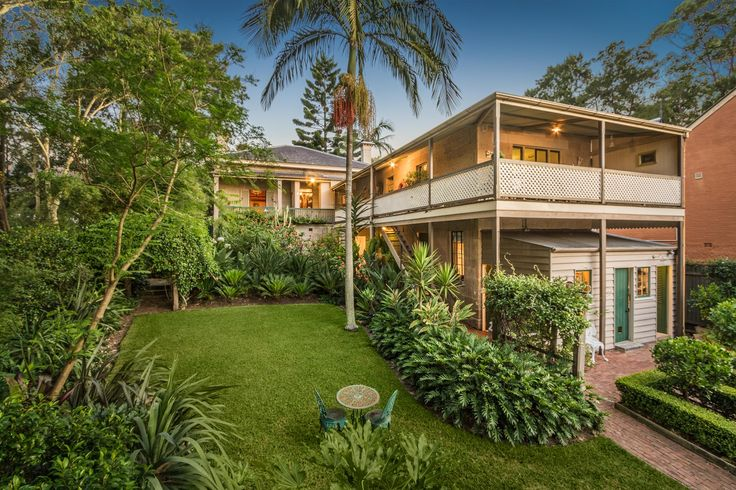 53 Leichhardt Street, Glebe NSW 2037 a 4 bedroom, 2 bathroom house sold for $4,850,000 on 01 Apr 2016. View listing details #2012498803 on Domain