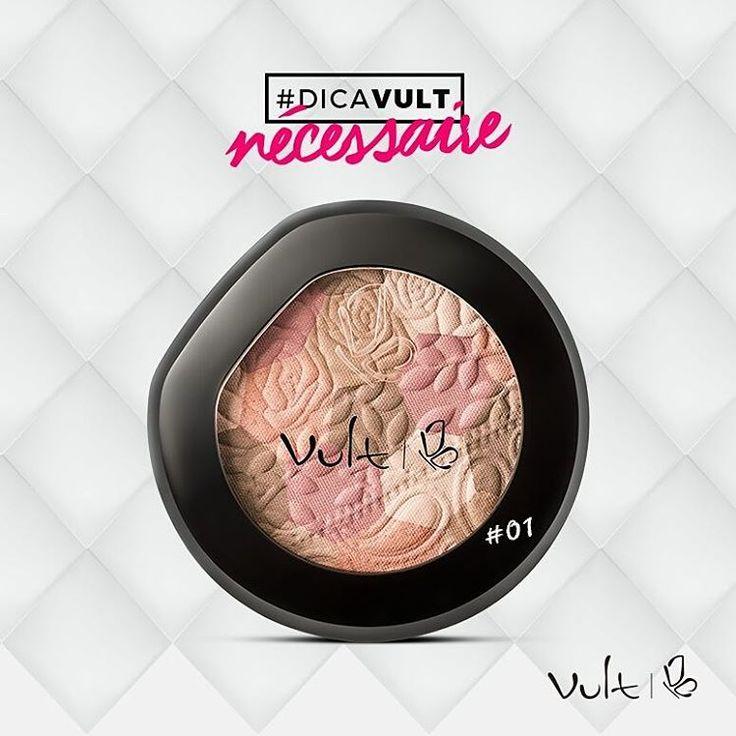 #DICAVULTCom um sofisticado blend de cores, o Blush Mosaico oferece um acabamento acetinado à maquiagem do dia a dia❤💛. E sabe o que é melhor? A embalagem possui espelho para retoques, assim ficou fácil não é mesmo? Sua necessaire merece esse produtinho.#dicavult#vult