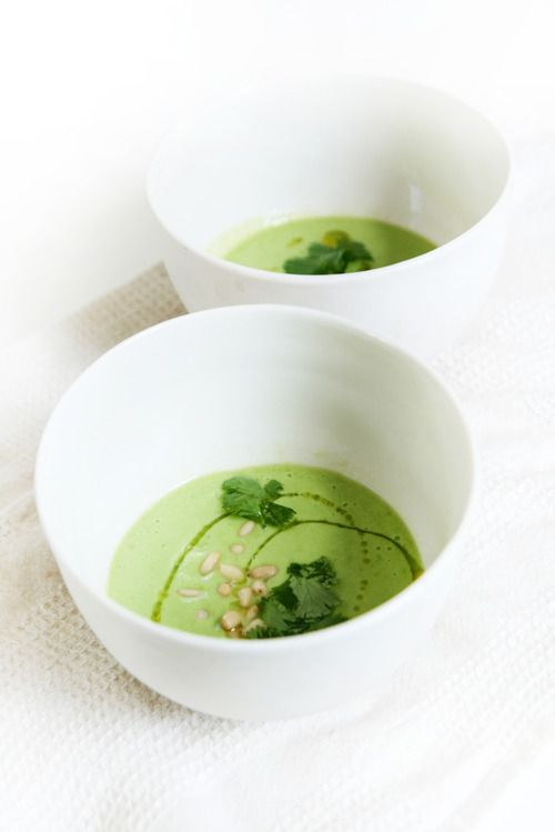 Chill out, eat avocado soup - Tasty plan !