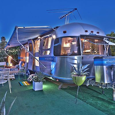 Retro sheen: 1988 Airstream Excella (1930s design)