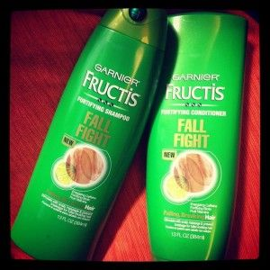 Freebie Of The Day For May 16: FREE Sample Of Garnier Fructis Fall Fight Shampoo & Conditioner