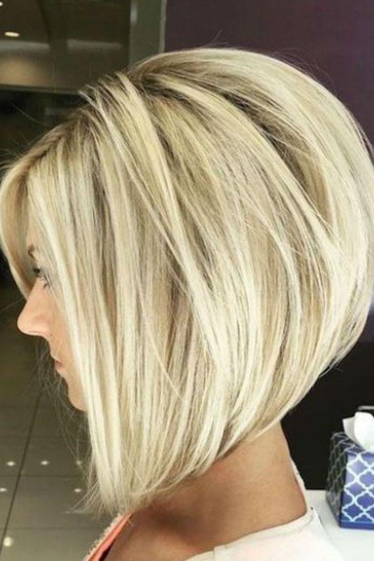 Carré plongeant dégradé sur cheveux blonds Cheveux mi