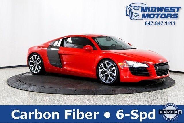 Car brand auctioned:Audi R8 4.2L 2009 Car model audi r 8 4.2 coupe quattro 6 speed manual trans premium pkg nav carbon fiber