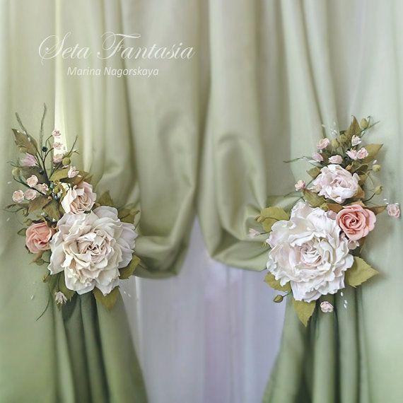 Articoli simili a Spalle cravatta rosa, fiore embrasse, tendaggi Fermatenda, fiore Home Decor, fatto a mano fiore Decor, fiori per la decorazione, fiori di rosa su Etsy