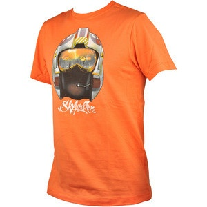 Ti-a placut personajul Luke din seria Star Wars? Tricoul Die Young creat de Marc Ecko il infatiseaza perfect. Este de culoare portocaliu si este confectionat din 100% bumbac.  Achizitioneaza-l acum si il vei putea incadra cu usurinta in orice tinuta doresti.