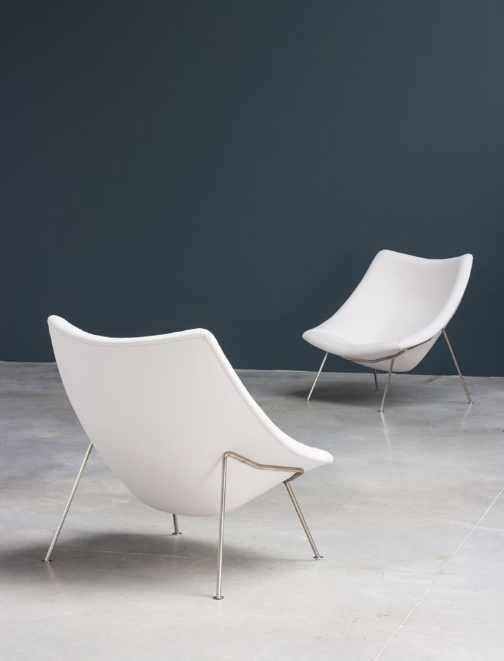 Pierre Paulin pair of Oyster F159 lounge chairs and ottoman Artifort | http://www.furniture-love.com/browse.php | From selection of important 20th century modern furniture.
