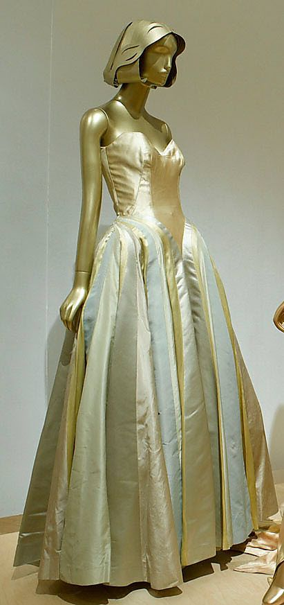 Ribbon Charles James  (American, born Great Britain, 1906–1978)  Date: 1947 Culture: American Medium: silk. Front