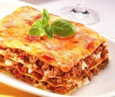 FIRINDA KIYMALI LAZANYA   Mutfakta Yemek Tarifleri