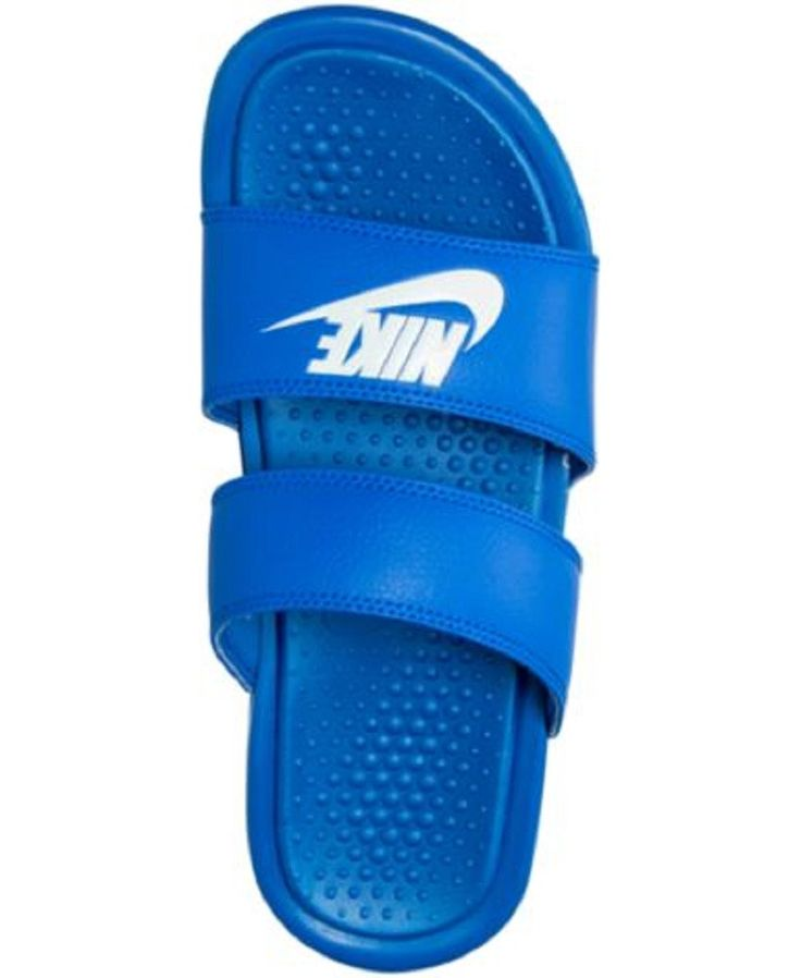 PRODUCT DETAILS Get a lightweight, secure fit with these women's Nike slide sandals. SHOE DETAILS - Dual strap upper - Carved-out outsole for a light feel - EVA drop-in midsole for lightweight cushion