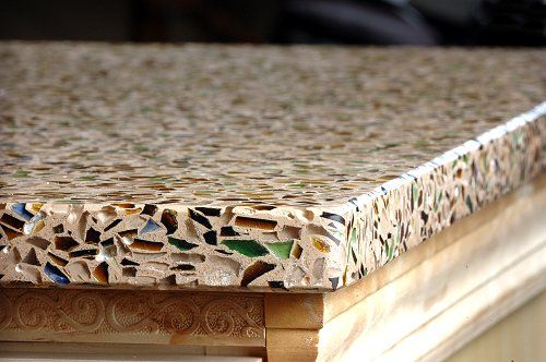 great article on the pros and cons of recycled glass counter tops