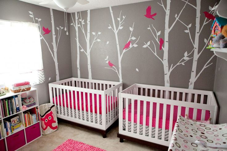 perfect girls nursery!! If I had seen this in prep for Emma, this is what her room would have looked like!