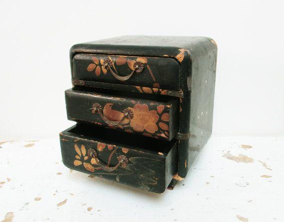 Vintage jewelry wooden box from Japan, Hand painted, Boite à bijoux, 1950, Japon