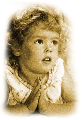 imádkozó kislány.png
