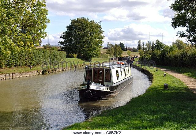 The Oxford Canal at Hillmorton Locks, Rugby, Warwickshire, England, UK - Stock Image
