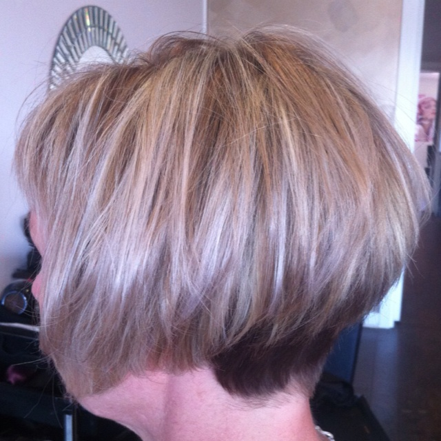 Shattered Bob Haircuts By Zee Pinterest Shattered Bob Bobs And Haircuts