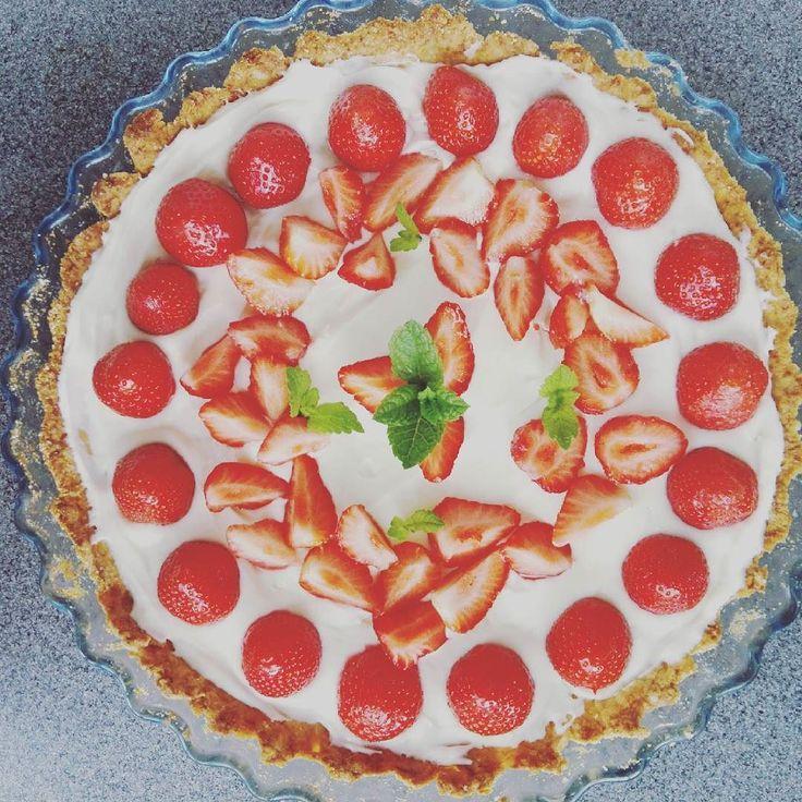 #strawberry #sezontruskawkowy #kochampiec #kochamjeść by isabelle.willard66
