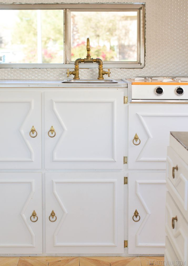 Building cabinets in a vintage trailer!