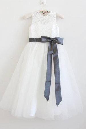 Ivory Flower Girl Dress Dark Grey Baby Girls Dress Lace Tulle Flower Girl Dress With Dark Grey Sash/Bows Sleeveless Floor-length D16