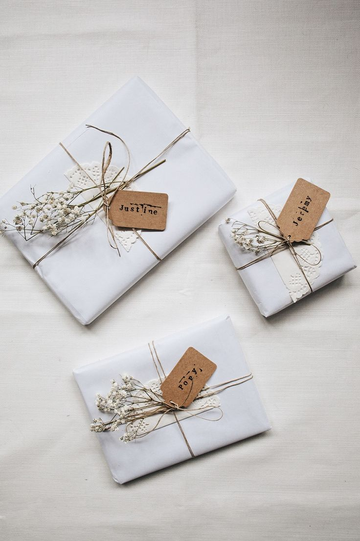 Wrapping with baby's breath - simple but beautiful