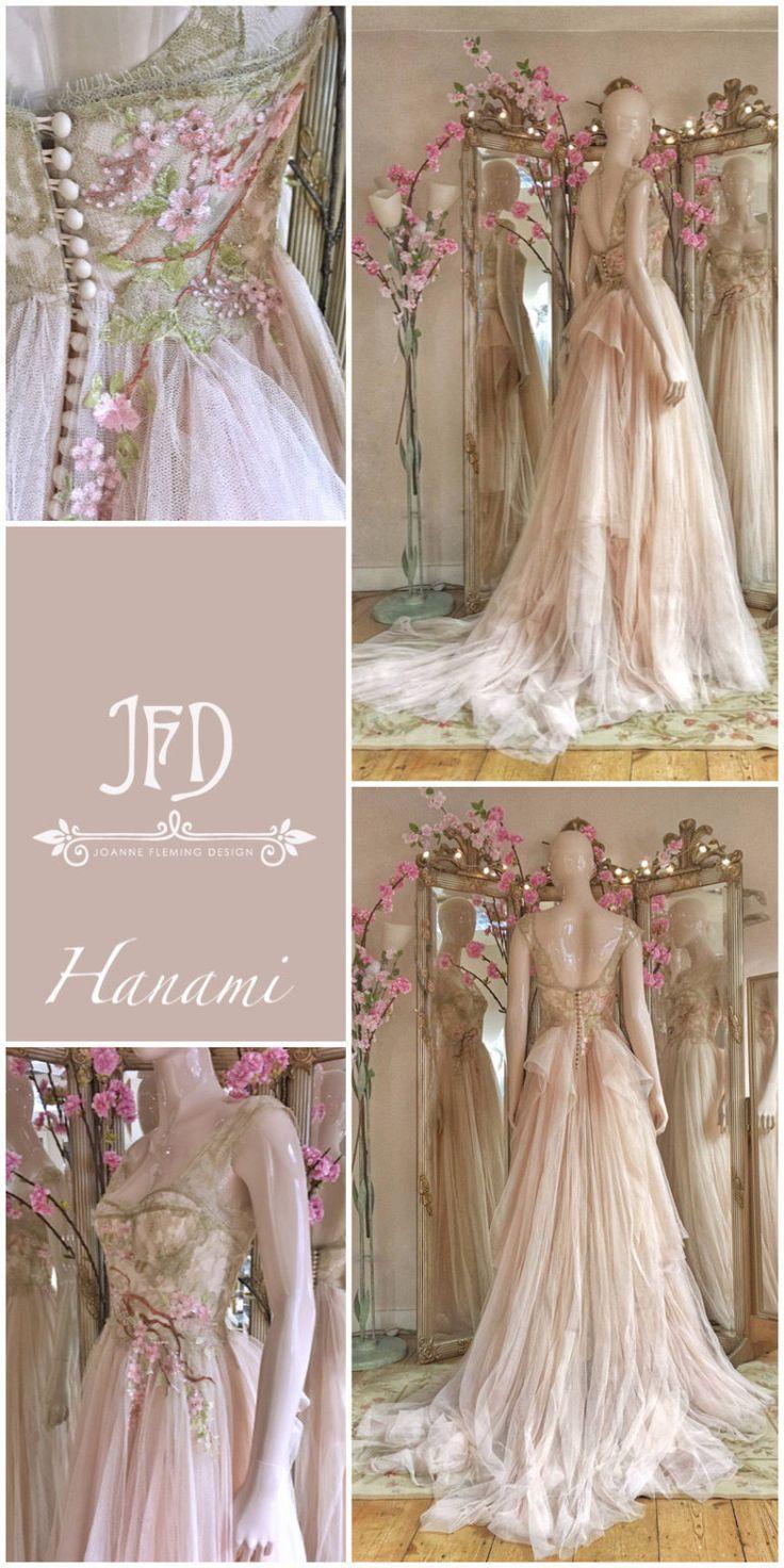 Erröten Sie Tüll Brautkleid mit Kirschblütenstickerei von Joanne Fleming Desig