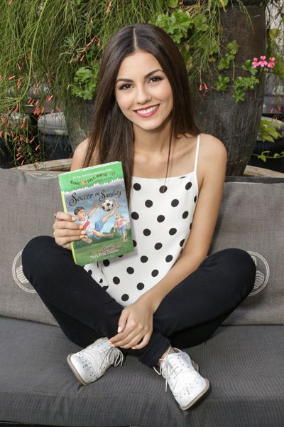 Victoria Justice's polka dot tank top looks totally cute and not childish.