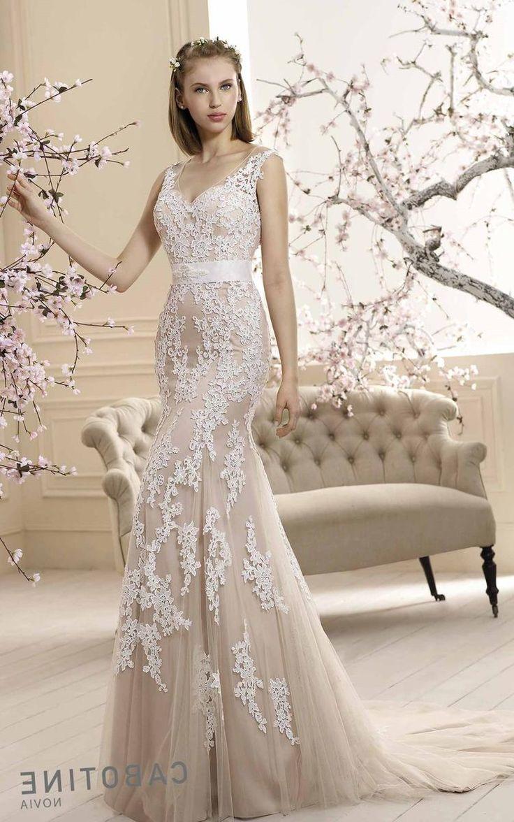Свадебное платье статьи - http://1svadebnoeplate.ru/svadebnoe-plate-stati-3606/ #свадьба #платье #свадебноеплатье #торжество #невеста