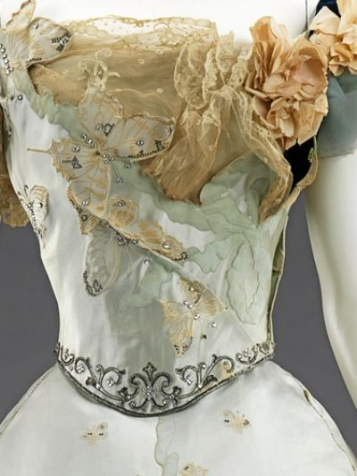 Charles Worth Gown from the late 19th century shown in the American Woman exhibition at the Met in 2010: Ball Gowns, House Of Worth, 1898 Ball, Victorian Gowns, Metropolitan Museum, Butterflies Dresses, Charles Worth, Art Dresses, Butterflies Gowns