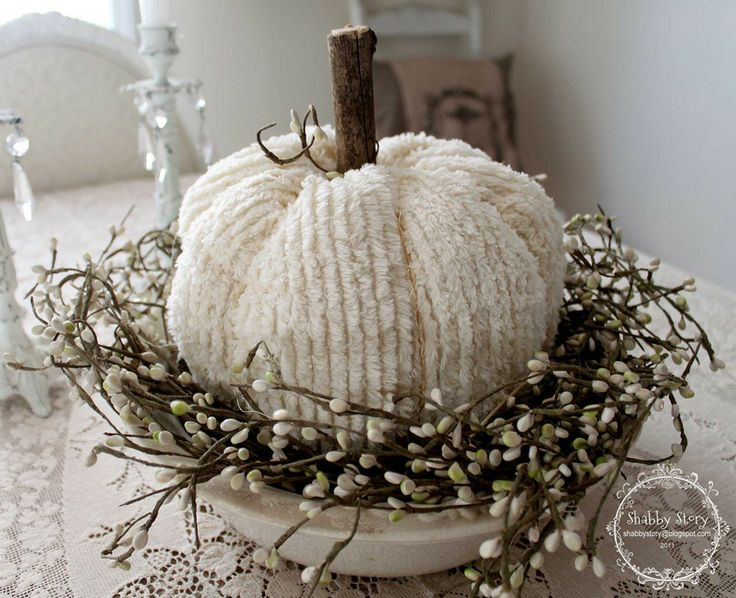 pumpkinChenile Pumpkin, Diy Ideas, Vintage Halloween, Fall Decor, Autumn, Fall Ideas, Chenille Pumpkin, White Pumpkins, Crafts