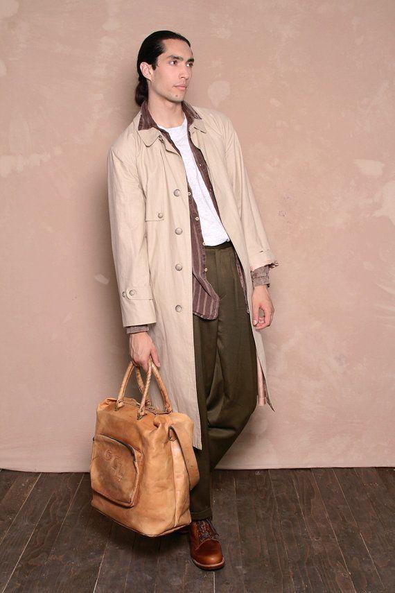 Vintage Men's 1990s Beige Trench Coat  size 40 by CitizenVintage