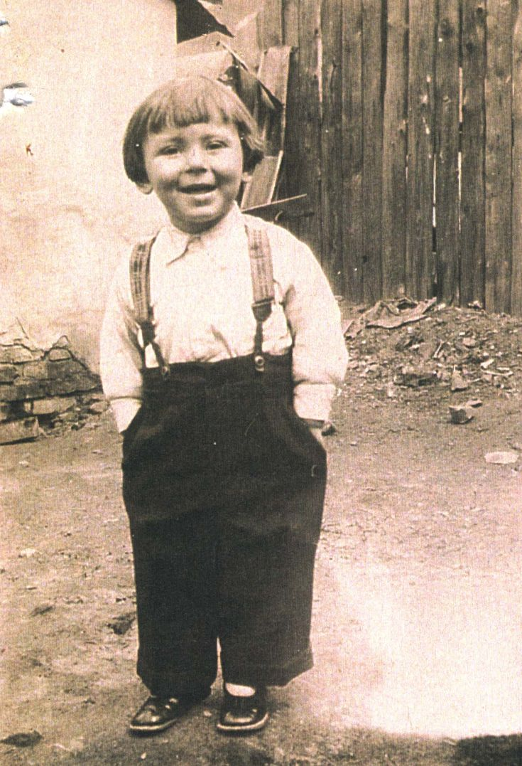 Aharon Kornblit was sadly murdered in a mass grave in his hometown in 1940 at age 8.