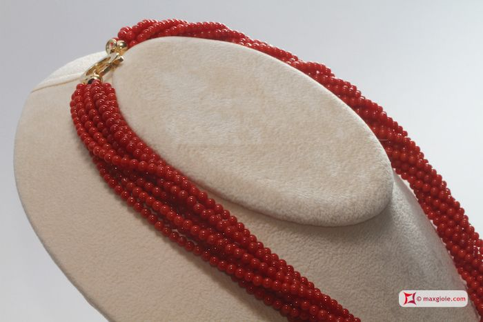 Extra Red Coral Necklace Dark Color round 3mm 10 strands in Gold 18K Collana Corallo rosso Extra Torchon Dark Color pallini 3mm 10 fili in Oro 18K #jewelery #luxury #trend #fashion #style #italianstyle #lifestyle #gold #silver #store #collection #shop #shopping #showroom #mode #chic #love #loveit #lovely #style #beautiful #pretty #madeinitaly #bestoftheday #necklace #necklaceforsale