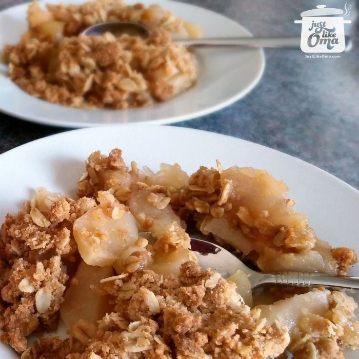 Apple Crisp -- German style! So great with harvest-time meals. http://www.quick-german-recipes.com/best-apple-crisp-recipe.html