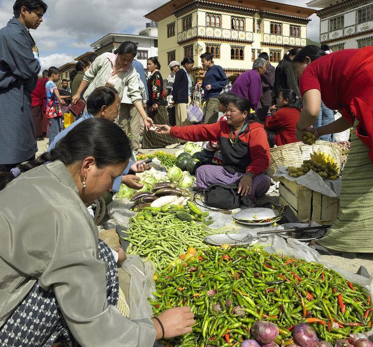 Bhutan local market - http://www.travelmoodz.com/en/destination/bhutan