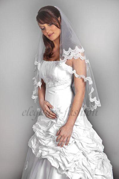 Taft-Brautkleid Ariane mit Reifrock von Elegance-Fashion auf DaWanda.com