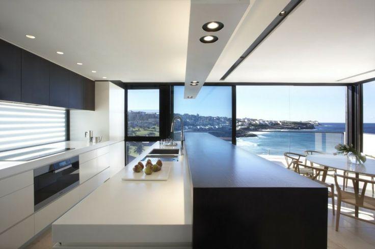 Pacific Sixteen / Smart Design Studio