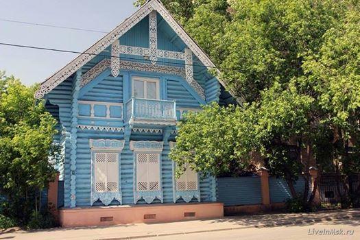 Удивительный деревянный теремок находится в Хамовниках в Москве. Это «Погодинская изба»,